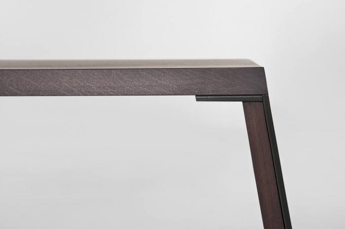 Mese lemn picioare inclinate cu rama metalica E-KLIPSE 001 1