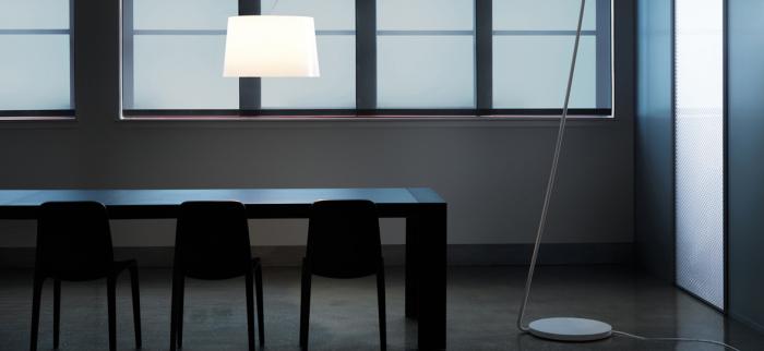 Lampa de podea cu picior si abajur din policarbonat L001T/BA [7]