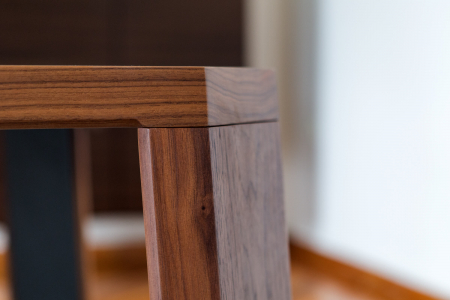 Mese din lemn detaliu metalic O-RIZON 0015