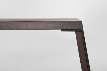 Mese lemn picioare inclinate cu rama metalica E-KLIPSE 0011