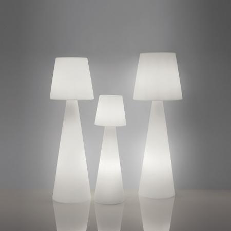Lampi de podea polietilena PIVOT1