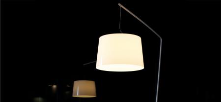 Lampa de podea cu picior si abajur din policarbonat L001T/B3