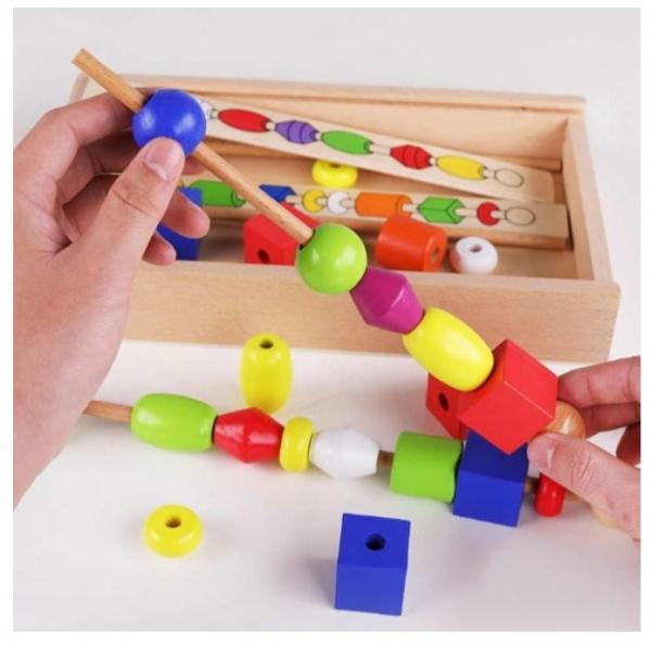 Joc tip Montessori din lemn - Înșiră bilele pe bețe [0]