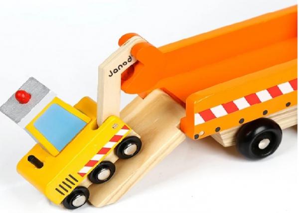 Camion din lemn cu platformă și utilaje [1]