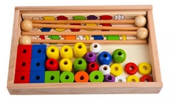 Joc tip Montessori din lemn - Înșiră bilele pe bețe [4]