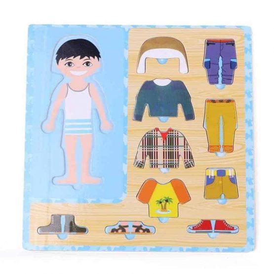 Puzzle din lemn Îmbracă Băiețelul [0]