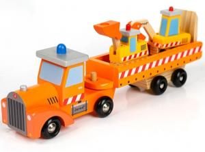 Camion din lemn cu platformă și utilaje [0]