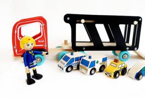 Camion cu platforma, sofer și masinute [0]