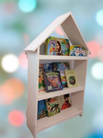 Casuta biblioteca pentru copii [1]