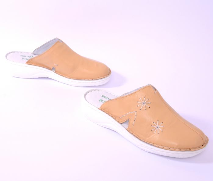 Papuci piele naturala Medline, Bej 298 [2]