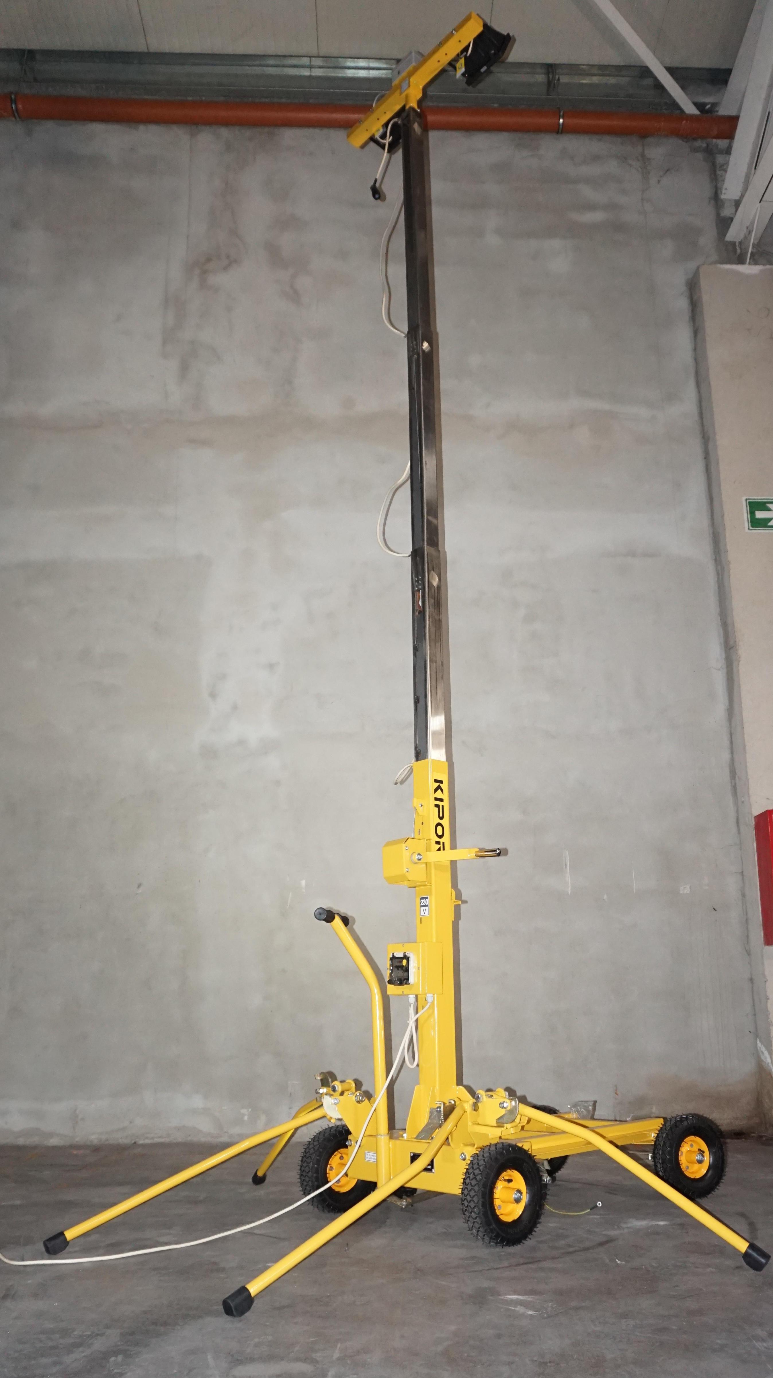Kipor KLJ400-2 turn de iluminat 2x400W, halogen, telescopic [2]