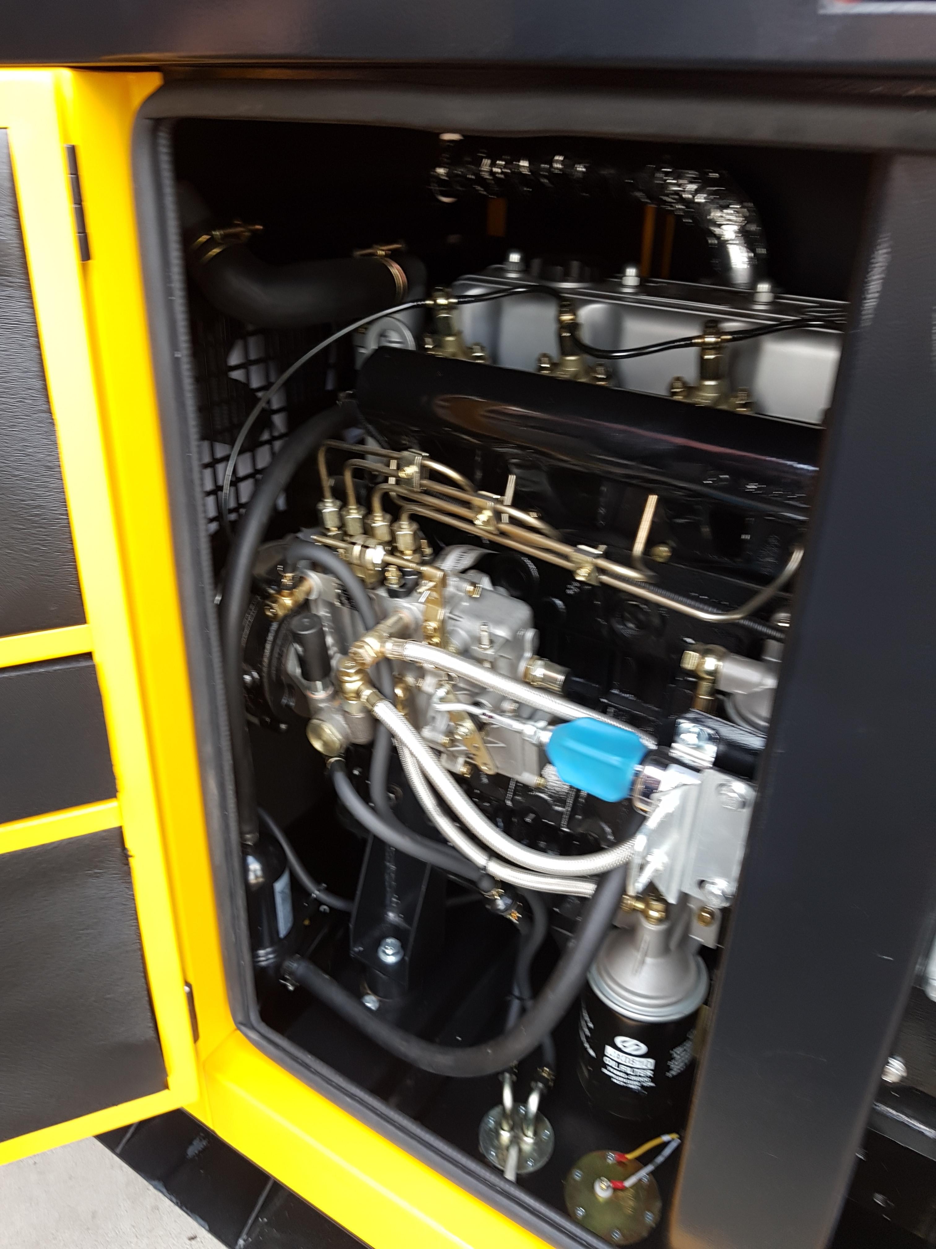 Stager YDY22S3 Generator insonorizat diesel trifazat 20kVA, 29A, 1500rpm 0