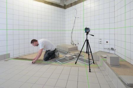 Bosch GLL 3-80 CG + BM1 Nivela laser cu linii, 30m, receptor 120m, precizie 0.2mm/m + 1 x Acumulator GBA 12V 2.0Ah + Incarcator rapid GAL 1230 CV + L-Boxx 1361