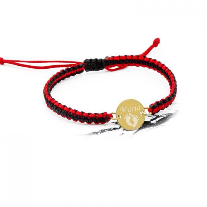 Bratara personalizata cu snur reglabil impletit in doua culori banut de 12 mm placat cu aur gravat cu nume si simbol [0]