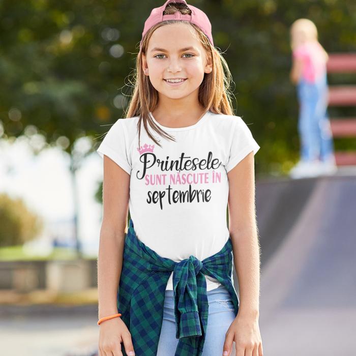 Tricou de copii personalizat Printesele sunt nascute [0]
