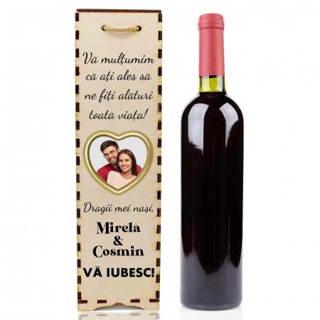Cutie de vin personalizata cu model NASI cu o poza si text [2]