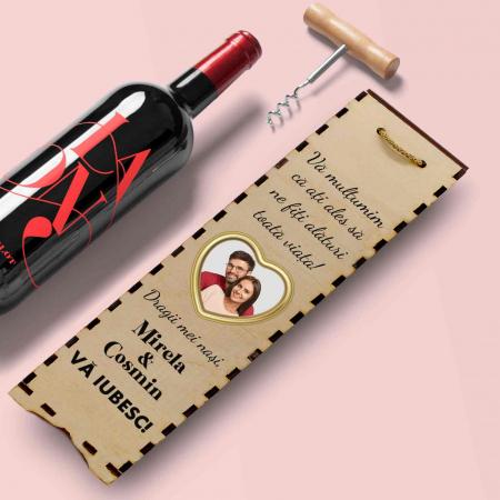 Cutie de vin personalizata cu model NASI cu o poza si text [1]
