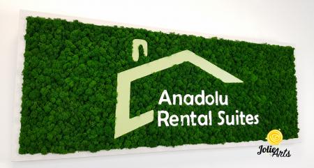 Logo Anadolu Rental Suites decorat cu licheni naturali stabilizati [4]