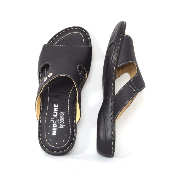 Papuci din piele naturala Medline, 400 Negru 2
