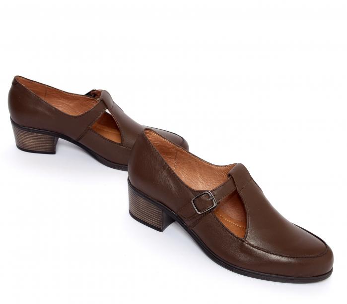Pantofi din piele naturala 599 Maro [1]