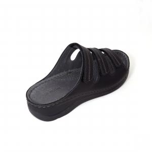 Papuci medicali din piele naturala 255 Negru2