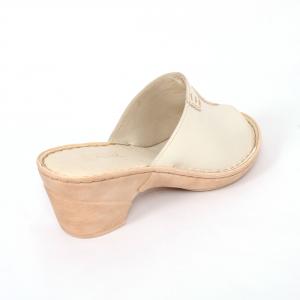 Papuci din piele naturala 315 Bej2