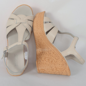 Sandale din piele naturala 204 Bej2