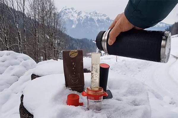 instrument alternativ pentru prepararea cafelei cafflano-kompresso 7
