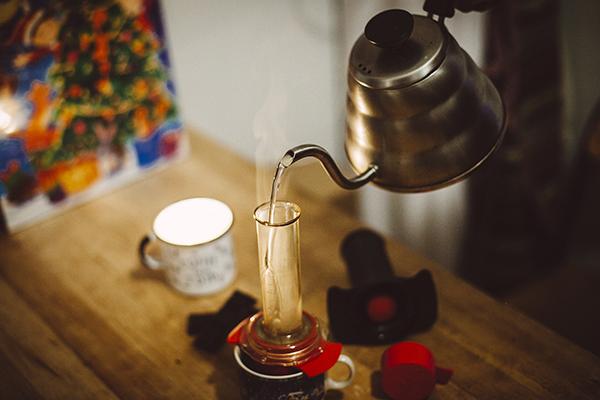instrument alternativ pentru prepararea cafelei cafflano-kompresso 6