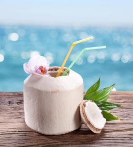 Nuca de cocos de baut0