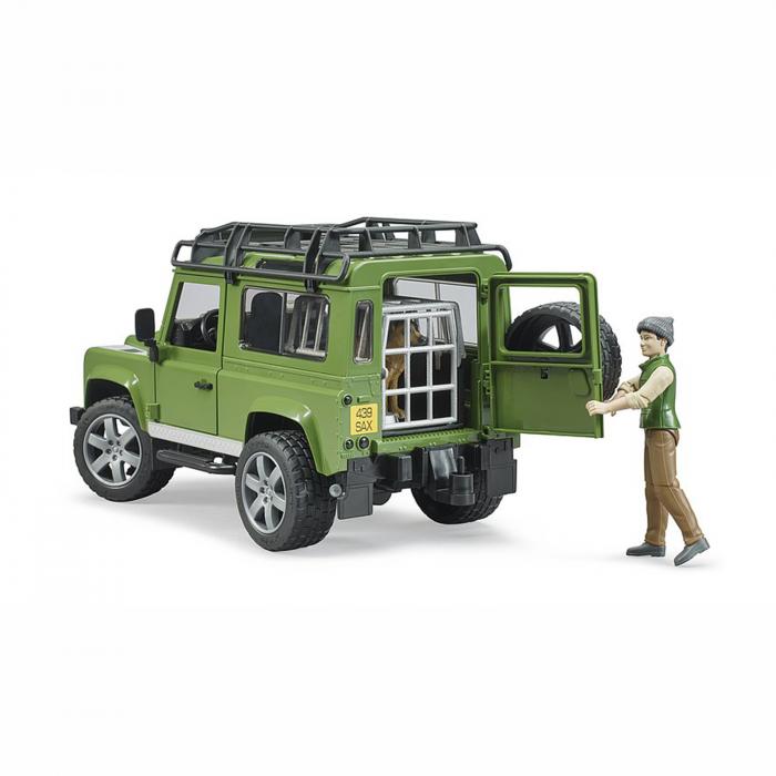 Mașină de teren Land Rover Defender cu pădurar, cușcă și câine - 2020 [2]