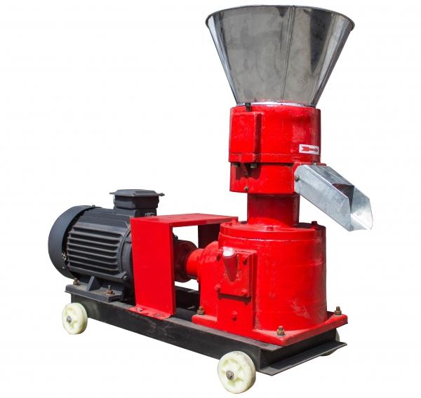 Granulator furaje KL-200 (cu motor) 1