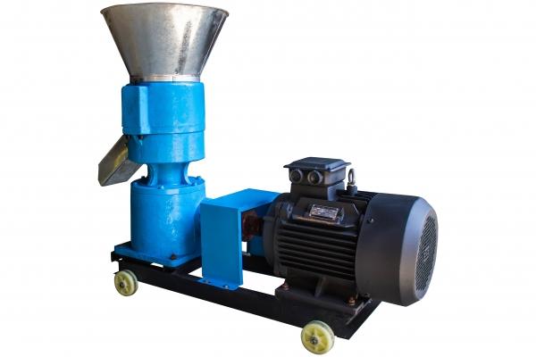 Granulator furaje KL-250 cu 3 matrite motor 11 kw/1500RPM/capacitate 400kg/h cu 3 matrite 7