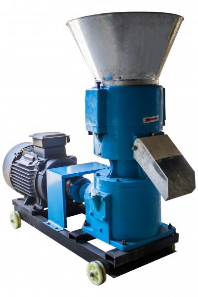 Granulator furaje KL-250 cu 3 matrite motor 11 kw/1500RPM/capacitate 400kg/h cu 3 matrite 6