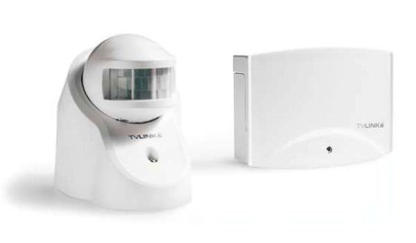 TVLKIT-F200 - Kit preprogramat pentru controlul radio a 2 consumatori cu detector de miscare. 0
