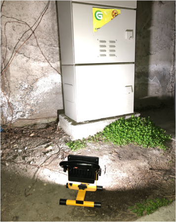 Proiector led portabil cu acumulator alb rece 1200lm IP44 20W0