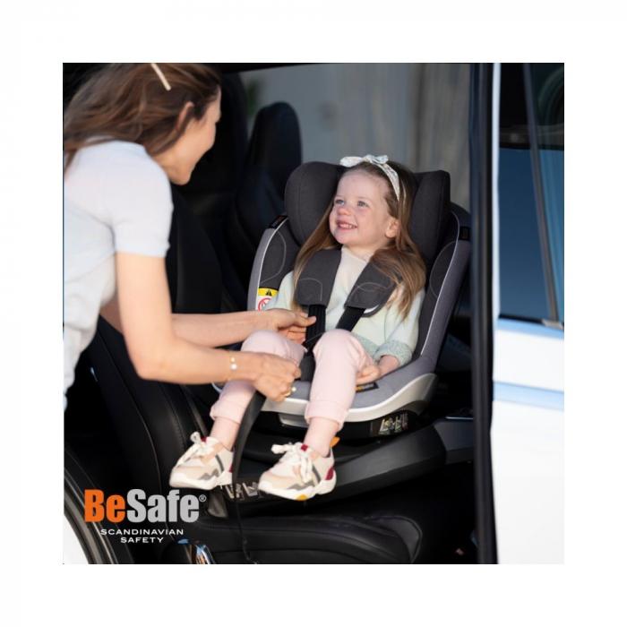BeSafe iZi Turn Premium Black Car Interior. i-Size, rotire 360 grade. Poziție somn excelentă. 6 luni -> 4 ani (105 cm sau 18 kg). 2