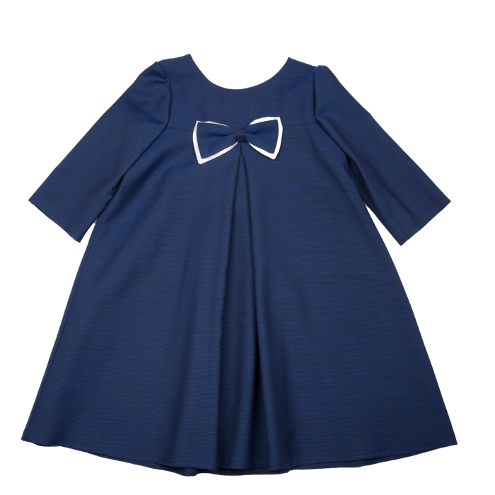 Rochiță de lână (80%), elegantă creată dintr-un material moale, foarte plăcut la purtat.  Încălțată cu o pereche de pantofi asortați, fetița dumneavoastră va fi gata de petrecere cât ai clipi. 1