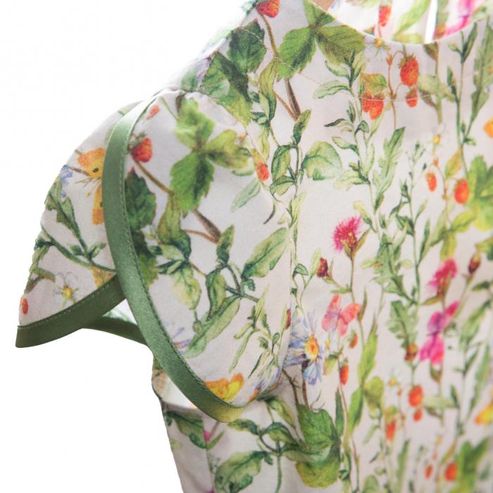 Rochiță dreaptă cu mâneci în formă de petale, care se închide la spate cu un nasture. Primavara vintage - design natural cu ramuri verzi, flori colorate şi fluturi care se intrepătrund formând o continuitate florală. Culorile galbene, roşii şi roz sunt imprimate pe un fond crem. 2