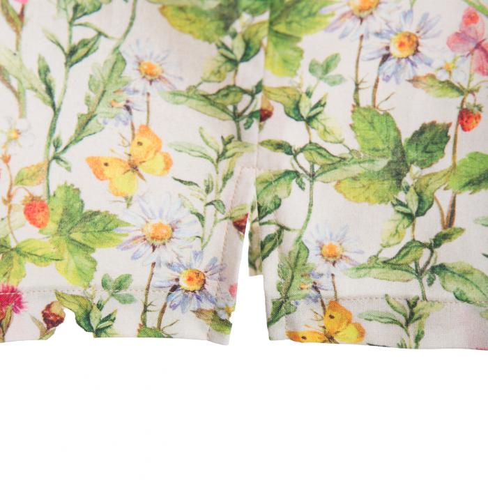 Rochiță dreaptă cu mâneci în formă de petale, care se închide la spate cu un nasture. Primavara vintage - design natural cu ramuri verzi, flori colorate şi fluturi care se intrepătrund formând o continuitate florală. Culorile galbene, roşii şi roz sunt imprimate pe un fond crem. 3