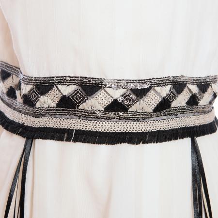Rochiță albă cu brâu de paiete3