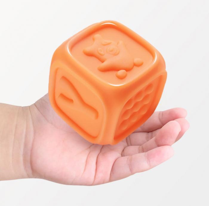 Set 10 cuburi educative din silicon Tumama®, cu modele 3D, pentru dentitia copiilor, multicolor 6