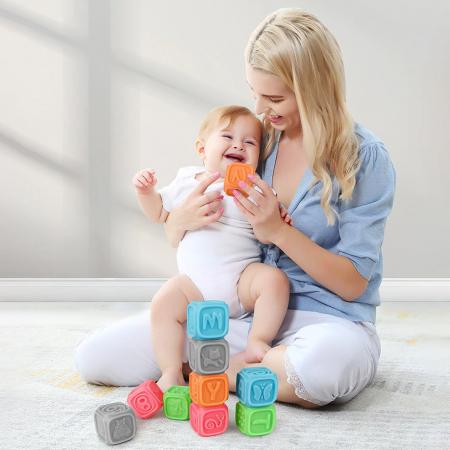 Set 10 cuburi educative din silicon Tumama®, cu modele 3D, pentru dentitia copiilor, multicolor8