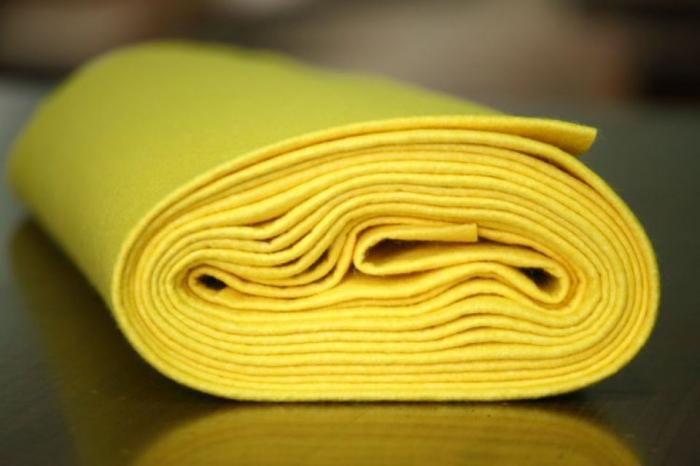 Fetru IDEA (60% lana, 40% viscoza) 50cm x 140 cm latime- galben [0]
