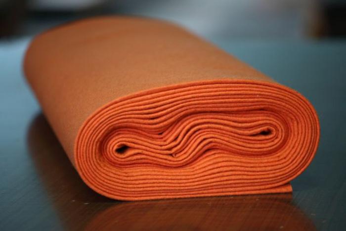 Fertu IDEA  (60% lana, 40% viscoza) 50cm x 140 cm latime- portocaliu 0