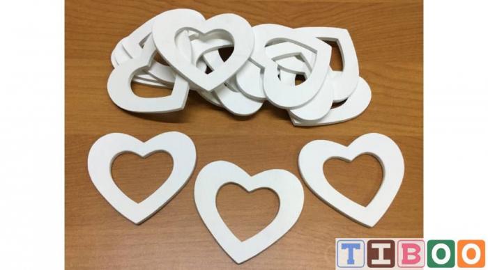 Figurine- inimioara din lemn, alba- 6cm 0