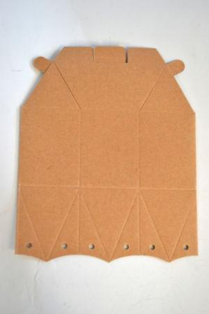 Cutiuta hexagonala din carton 8 x 10 cm [1]