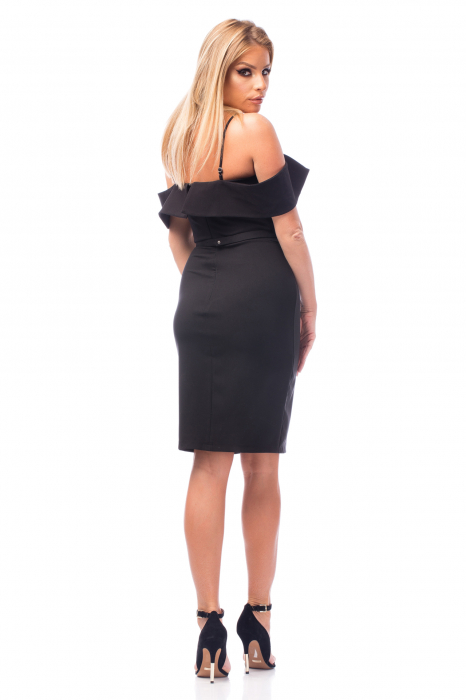 Rochie neagră cu bretele subțiri și umeri goi 2