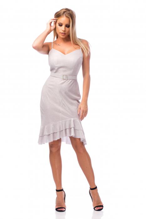 Rochie elegantă cu bretele subțiri și volane aplicate 0