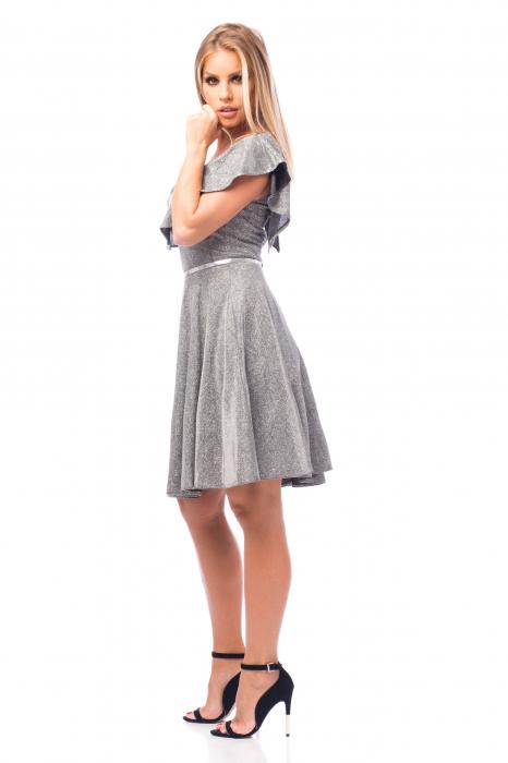 Rochie argintie cu volan aplicat și curea pe talie 3